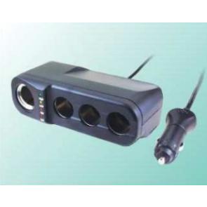Avto razdelilec za 12V vtičnico za vžigalnik z štirimi izhodi max 10A in testerjem