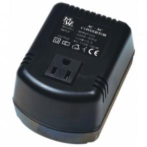 AC / AC pretvornik napetosti 220 / 110 V - 100W